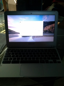 TurningOnSamsungChromebook